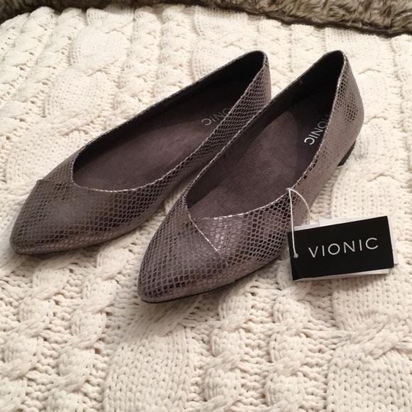 Vionic Shoes | Sale Vionic Flats | Poshmark